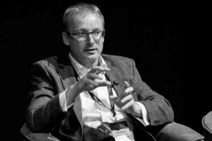 Zemřel sportovní komentátor a manažer pay TV služeb Andrej Miklánek