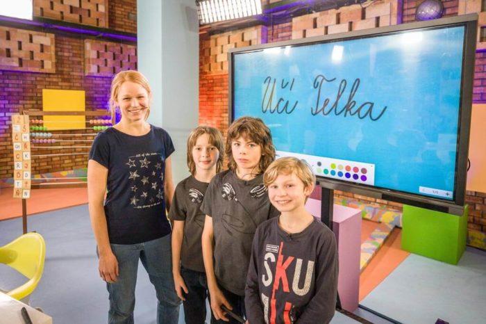 Česká televize dnes spouští projekt domácího vyučování přes TV obrazovku