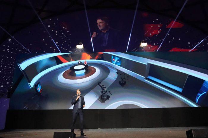 Fotografie z tiskových konferencí TV Prima a TV Nova