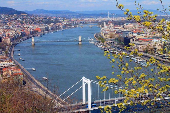 Maďarský regulátor připravuje nové výběrové řízení. Potvrzuje zachování DVB-T
