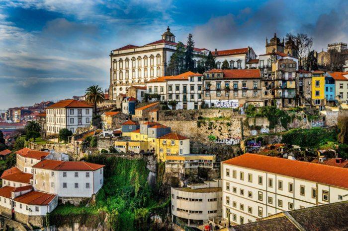 Spory kolem uvolnění pásma 700 MHz v Portugalsku