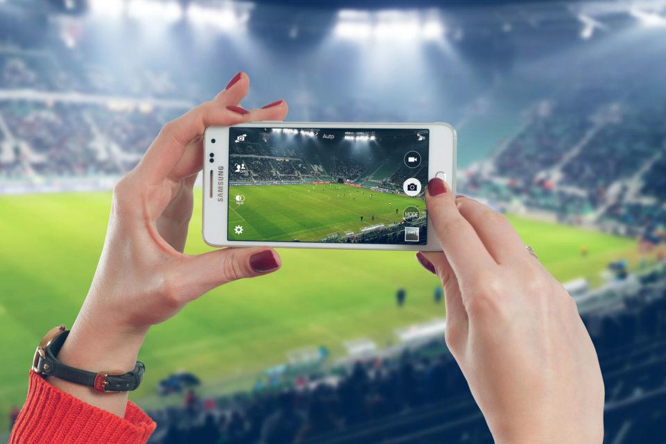 5a1c4b9e2 ... léta s nabídkou samostatného balíčku tří sportovních programů pod  vlastní značkou. Sportovní fanoušci mohou nově sledovat kanály ČT Sport, O2  TV Sport, ...