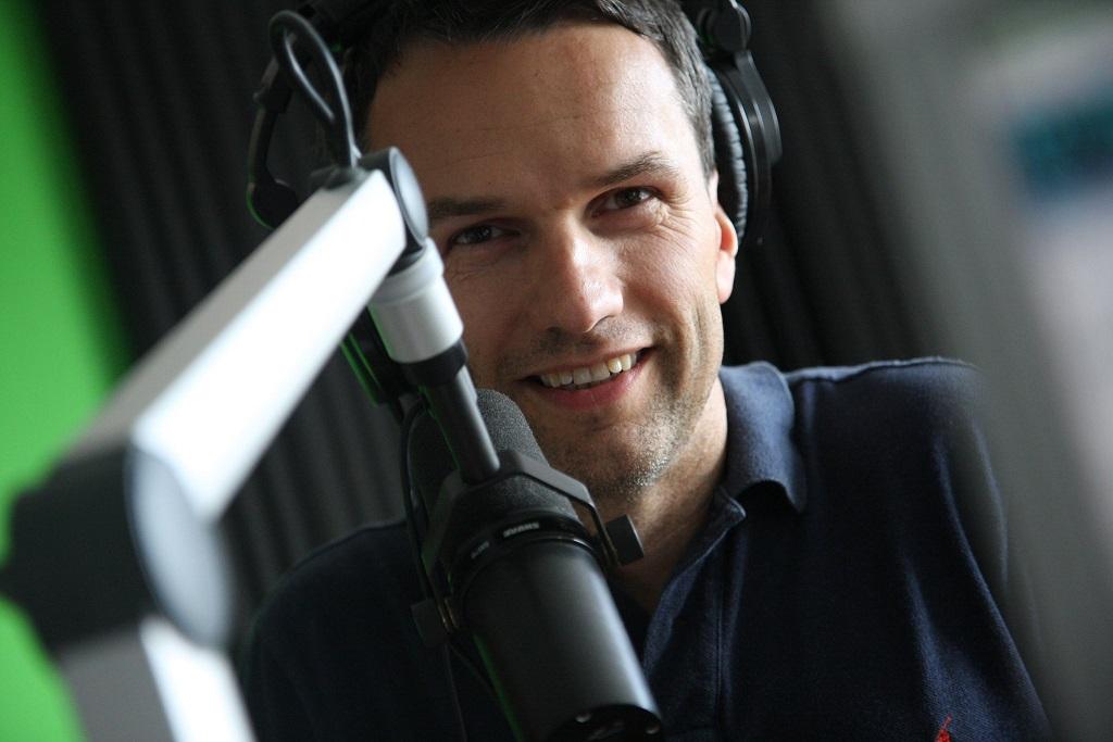 Za mikrofon Rádia BLANÍK usedne moderátor Radek Erben poprvé 9. listopadu ve 4.53, zdroj: Facebook Radka Erbena