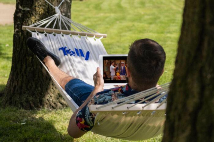 Televizní služba Telly s novou letní kampaní